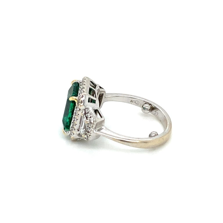 Estate Certified 3.34 Carat Natural Colombian Emerald Diamond Ring For Sale 6