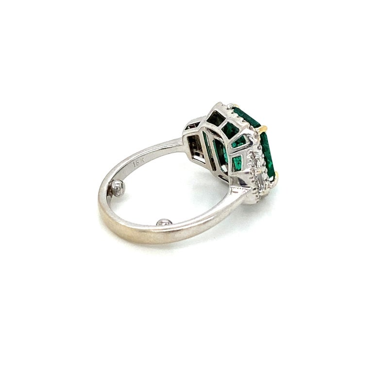 Estate Certified 3.34 Carat Natural Colombian Emerald Diamond Ring For Sale 9