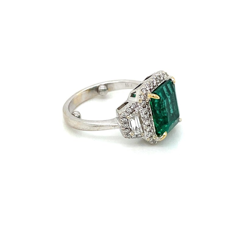 Estate Certified 3.34 Carat Natural Colombian Emerald Diamond Ring For Sale 10