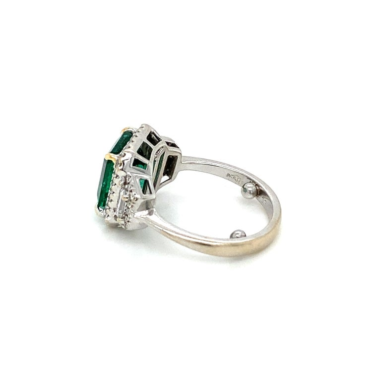 Estate Certified 3.34 Carat Natural Colombian Emerald Diamond Ring For Sale 11