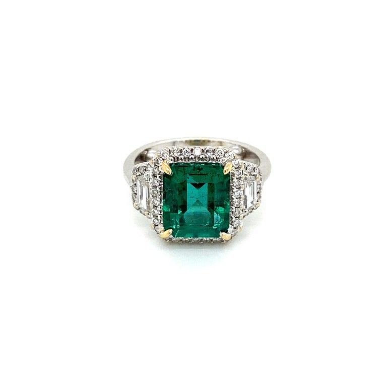 Women's Estate Certified 3.34 Carat Natural Colombian Emerald Diamond Ring For Sale