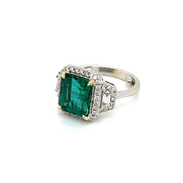 Estate Certified 3.34 Carat Natural Colombian Emerald Diamond Ring For Sale 1