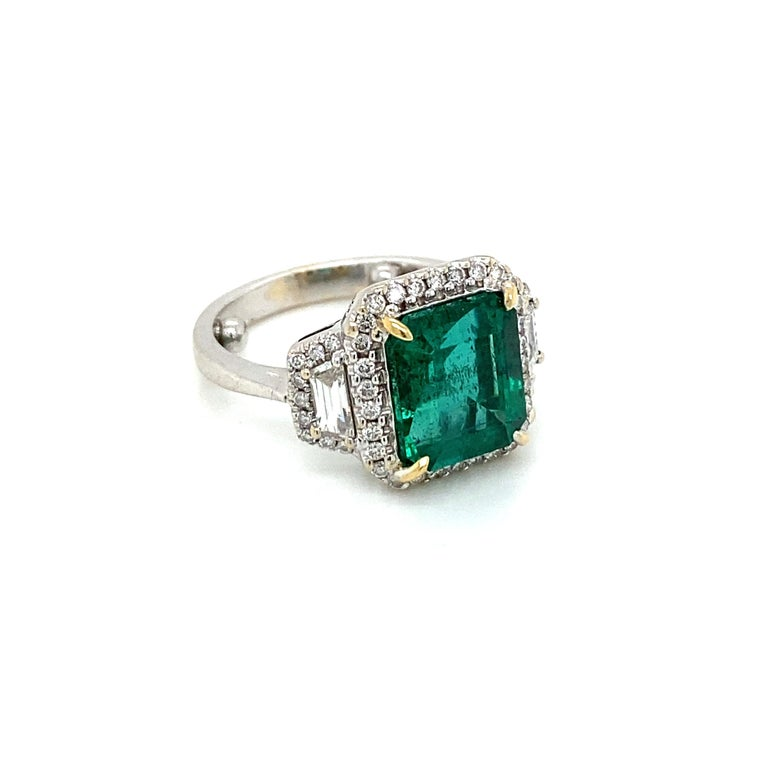 Estate Certified 3.34 Carat Natural Colombian Emerald Diamond Ring For Sale 3