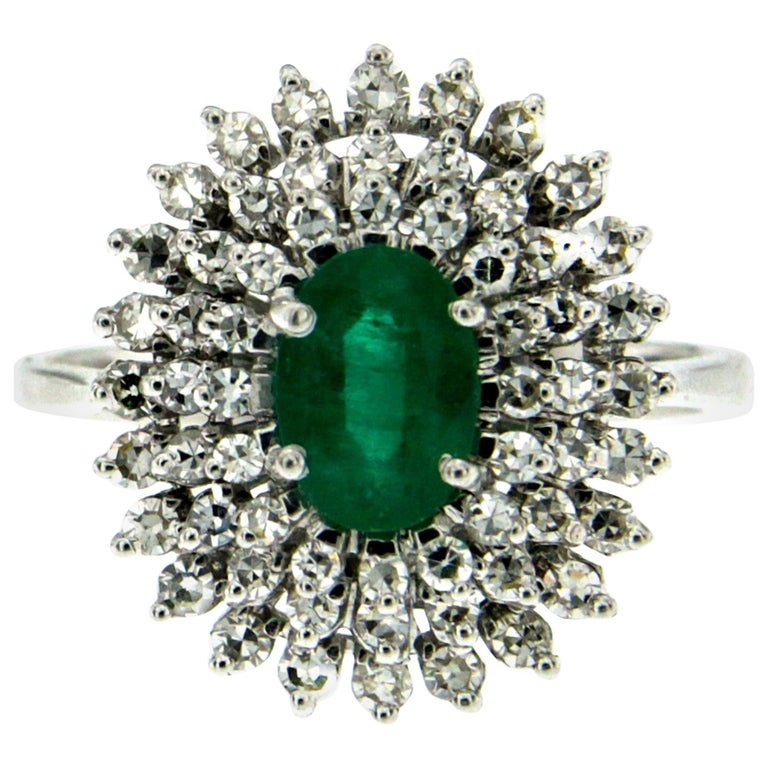Estate Colombian Emerald Diamond Gold Cluster Ring For Sale