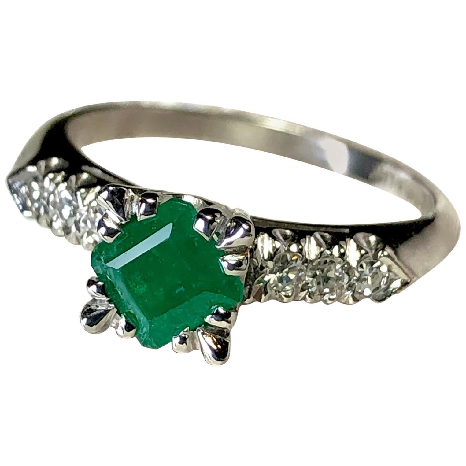Vintage Colombian Emerald Engagement Ring Platinum