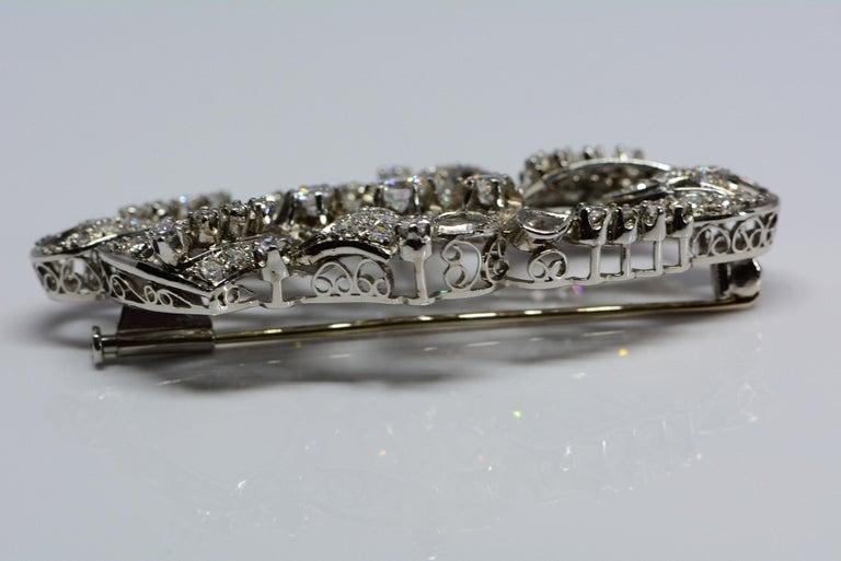 Retro Estate Diamond and Platinum Brooch 2.98 Carats For Sale