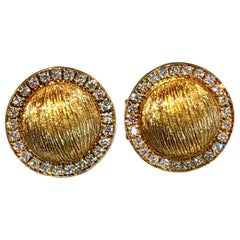 1980s Yellow Gold 18K and Diamond Button Earrings
