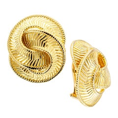 Estate Double Knot Yellow Gold Clip-On Earrings