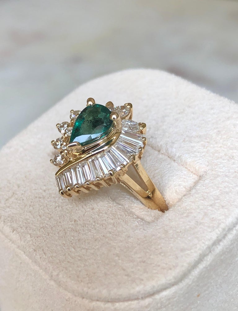 Estate Emerald and Diamond Cocktail Ring Gold For Sale 4