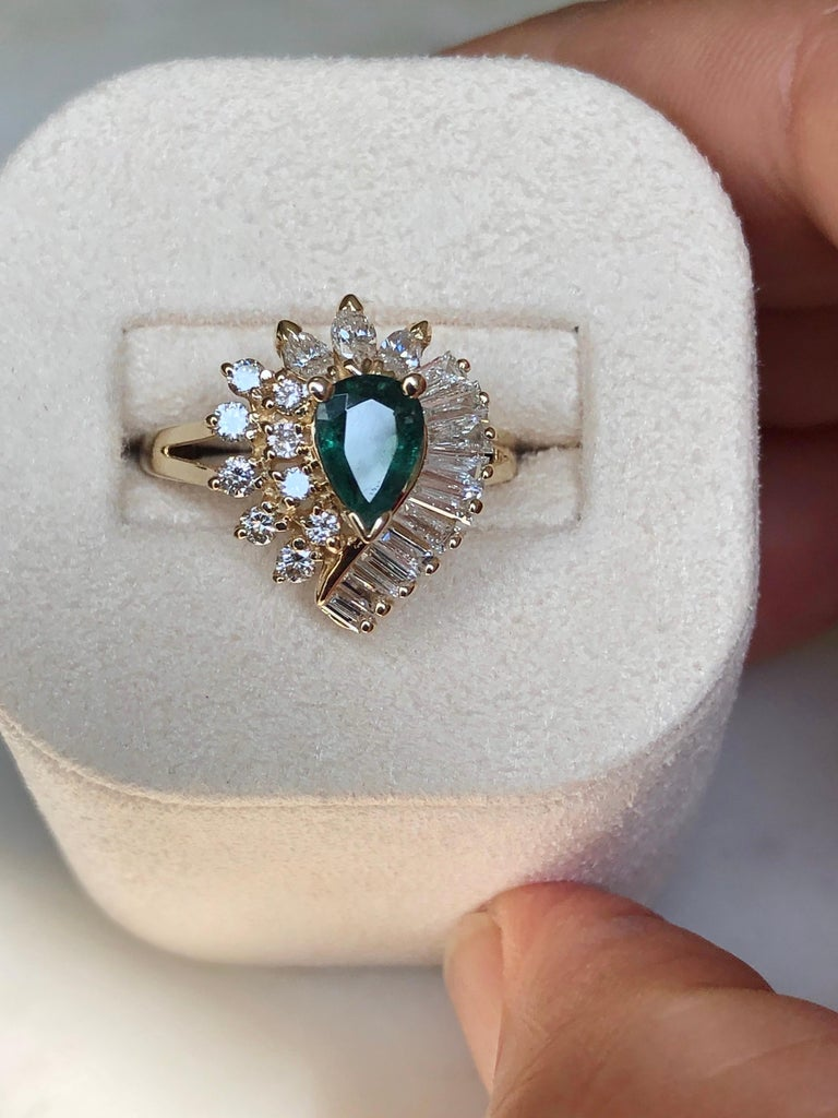 Estate Emerald and Diamond Cocktail Ring Gold For Sale 5