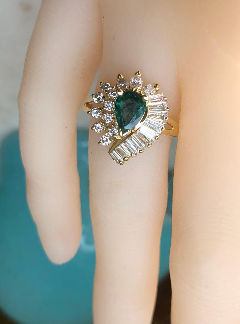 Estate Emerald and Diamond Cocktail Ring Gold For Sale 9