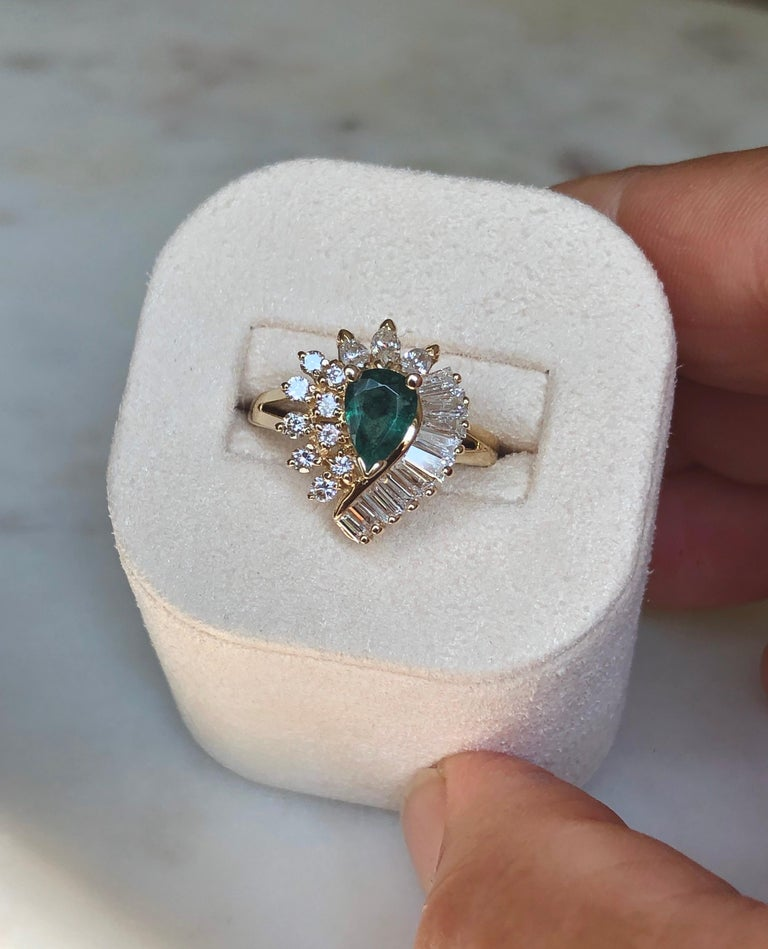Estate Emerald and Diamond Cocktail Ring Gold For Sale 1