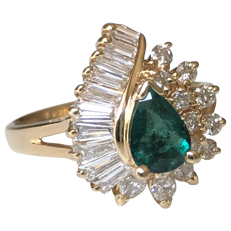 Estate Emerald and Diamond Cocktail Ring Gold For Sale