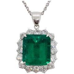 Estate Emerald and White Diamond Pendant Necklace in Platinum