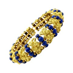 Estate Etruscan Style 18 Karat Yellow Gold Lapis Lazuli Fashion Bracelet