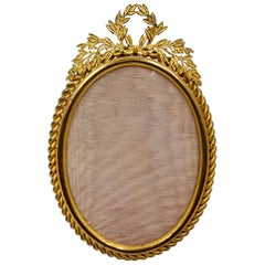 Estate French Bronze Oval Picture Frame Rope Twist and Laurel Leaf Garland Motif