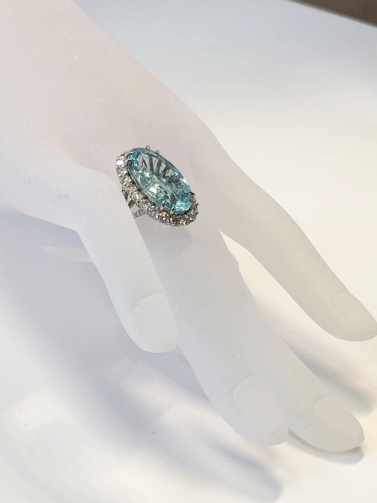 Estate GIA Paraiba Tourmaline Oval and White Diamond Cocktail Ring in Platinum In Excellent Condition For Sale In Los Angeles, CA