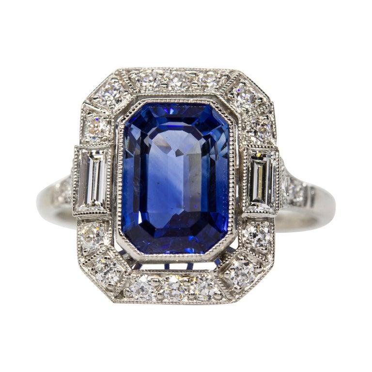 Estate Handmade Platinum Sapphire and Diamonds Ring For Sale