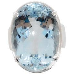 Estate Large Aquamarine Oval Ring in Platinum