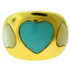 Estate Mother of Pearl and Heart Shape Turquoise Yellow Gold Ring