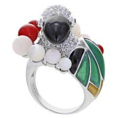 Estate Parrot Bird 18 Karat White Gold Diamond Coral Ring 1.95 Carat