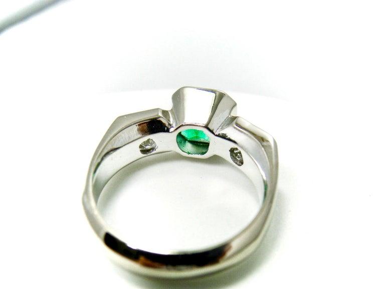 Estate Square Fine Colombian Emerald Diamond Ring White Gold 18 Karat For Sale 6