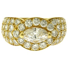 Van Cleef & Arpels Pear Shape Diamond Cluster Cocktail 18 Karat Gold Ring