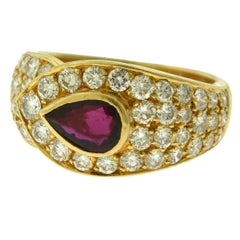 Van Cleef & Arpels Pear Shape Ruby and Diamond 18 Karat Yellow Gold Ring