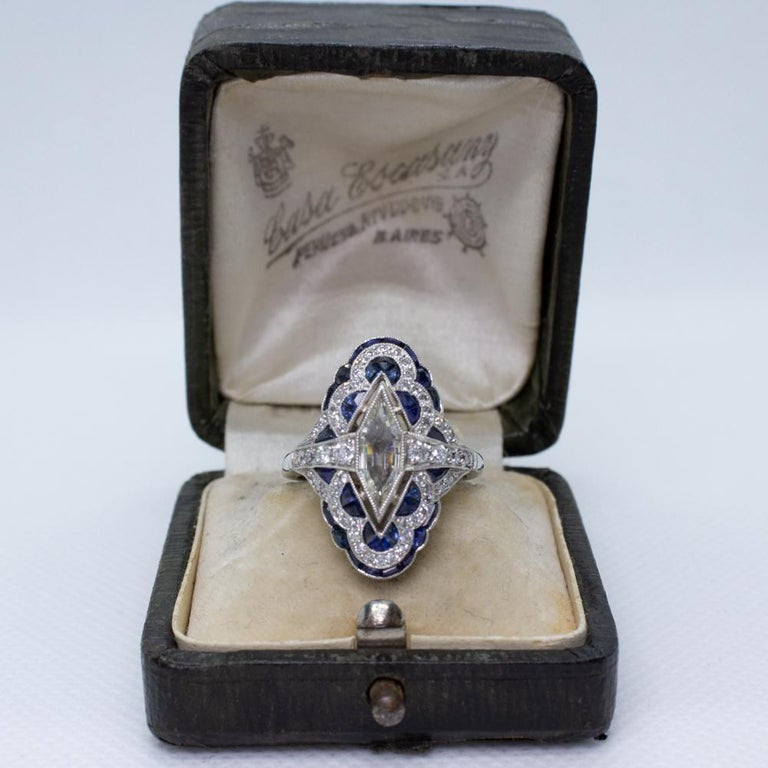 Estate Vintage Antique Sapphire and Diamond Shield Ring In Excellent Condition For Sale In Scottsdale, AZ