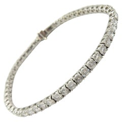 Estate Vintage 18 Karat White Gold Round Diamond Tennis Bracelet