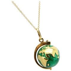 Estate Vintage 18 Karat Yellow Gold Green Enamel Globe World Necklace