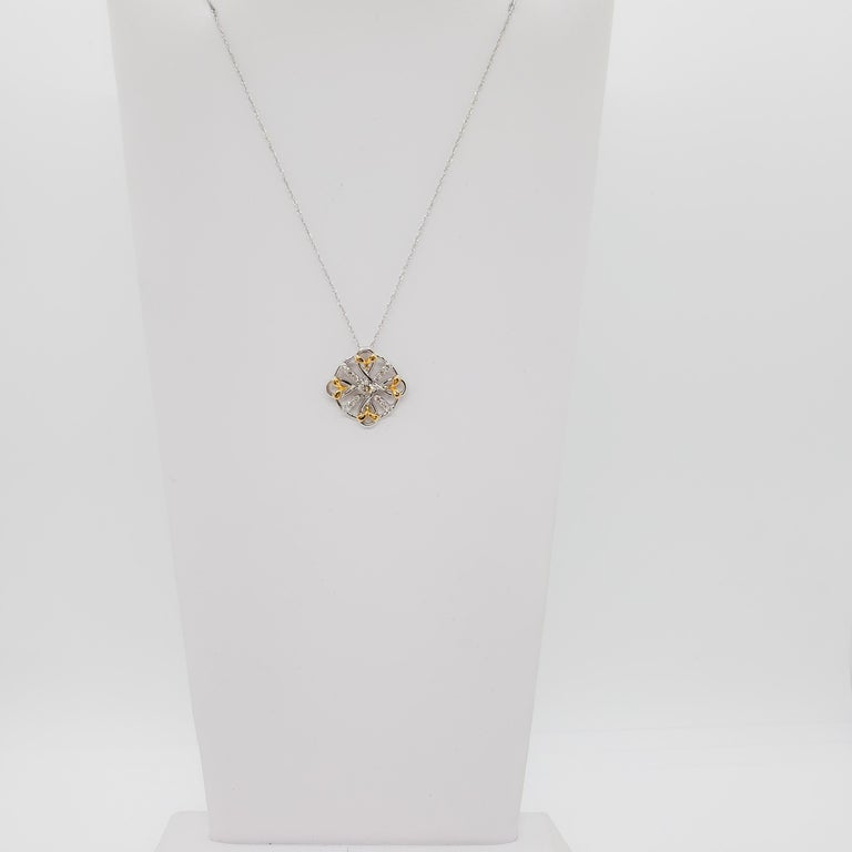 Estate White Diamond Pendant Necklace in 18k Two Tone Gold For Sale 3