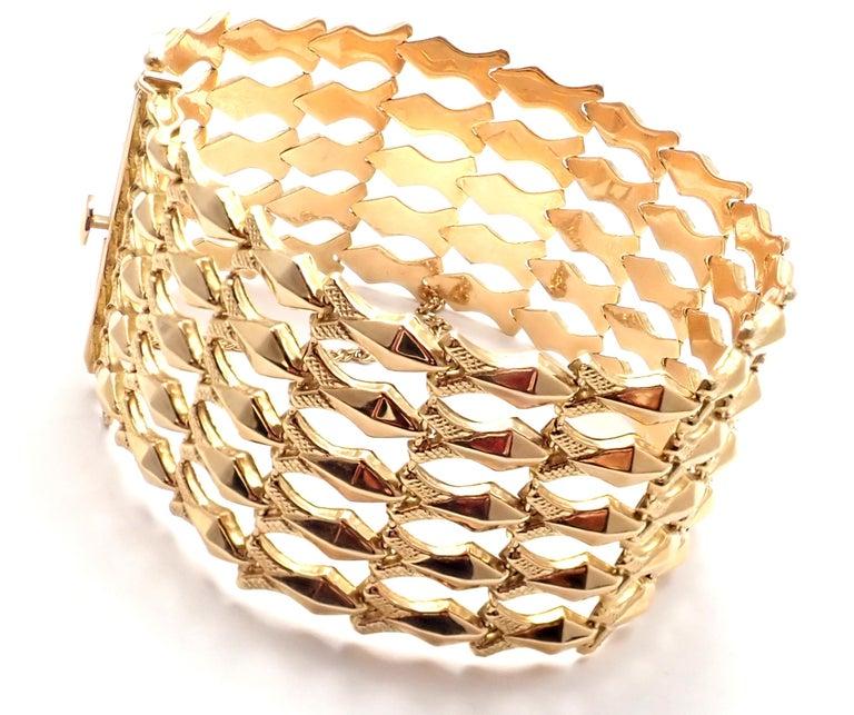 18k Yellow Gold Estate Wide Link Bracelet. Details:   Length: 7 1/2