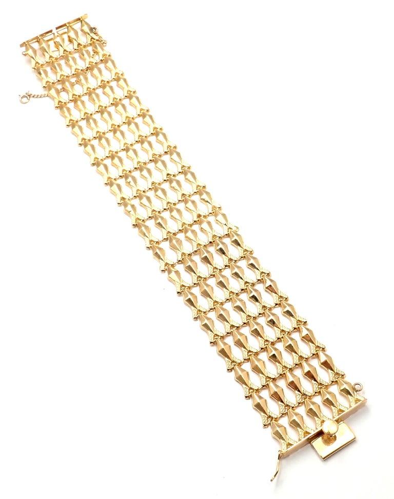 Women's or Men's Estate Wide Yellow Gold Link Bracelet For Sale