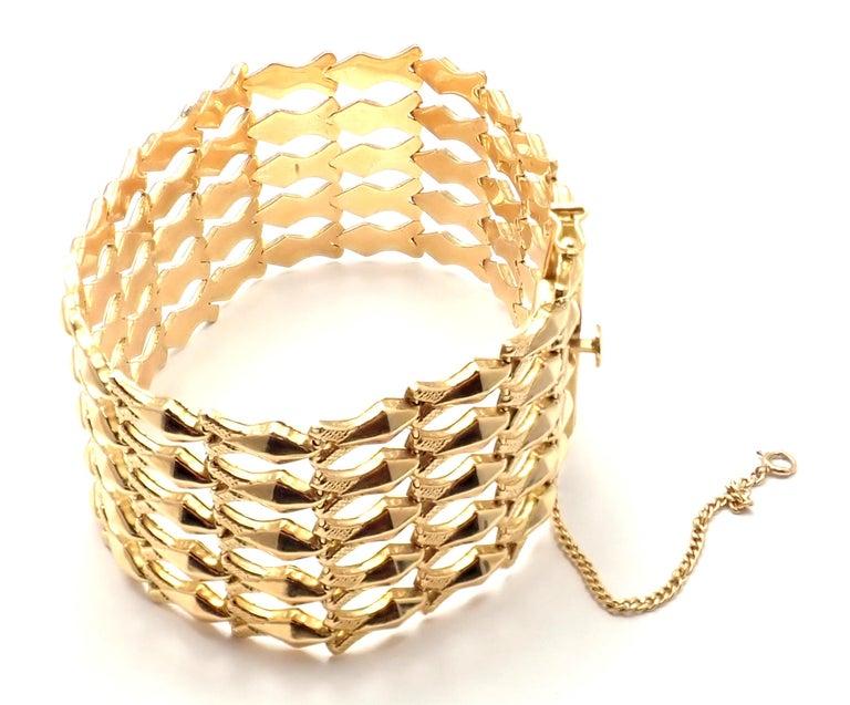 Estate Wide Yellow Gold Link Bracelet For Sale 3