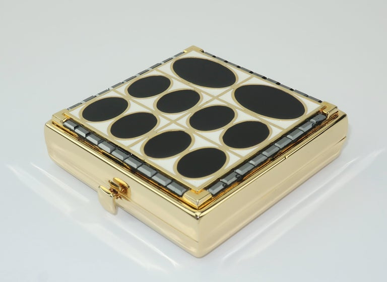 Estee Lauder Evening Art Deco Powder Compact In Good Condition For Sale In Atlanta, GA