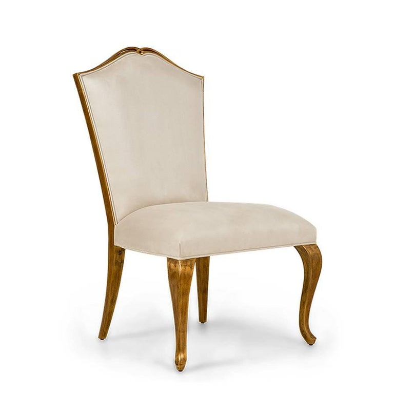 English Estiva Chair with Mahogany Structure with Gold Painting and High Quality Fabric For Sale