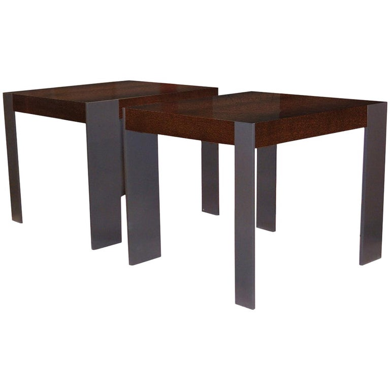 ET-33 End Table with Metal Legs by Antoine Proulx For Sale