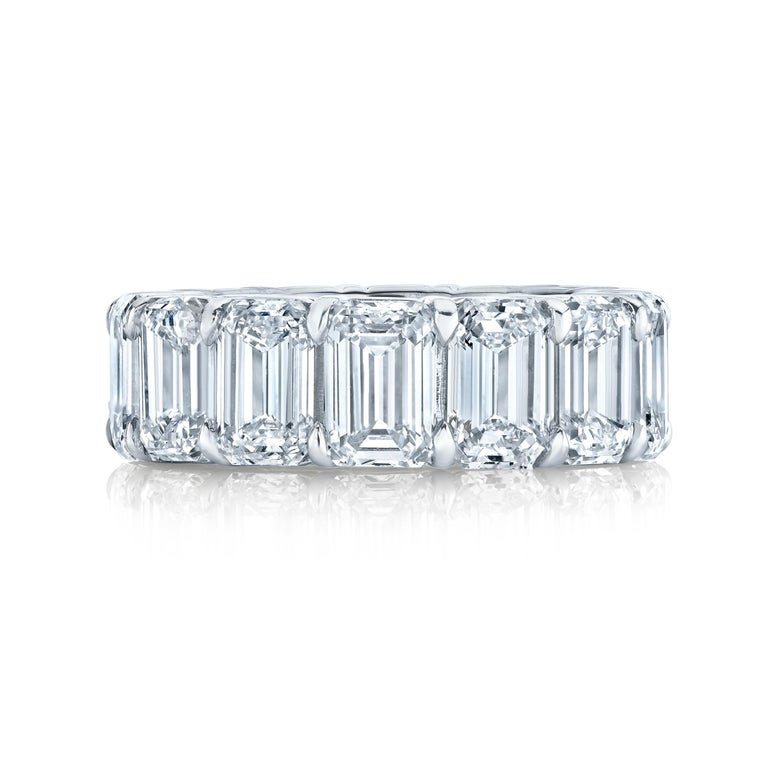 15 Emerald Cut Diamonds set in a platinum mounting. 13.75 carats total weight Approximate weight per stone is from 0.92 carats. Color D-F  Clarity IF - VS1 All stones are certified by GIA. Ring size 6.75