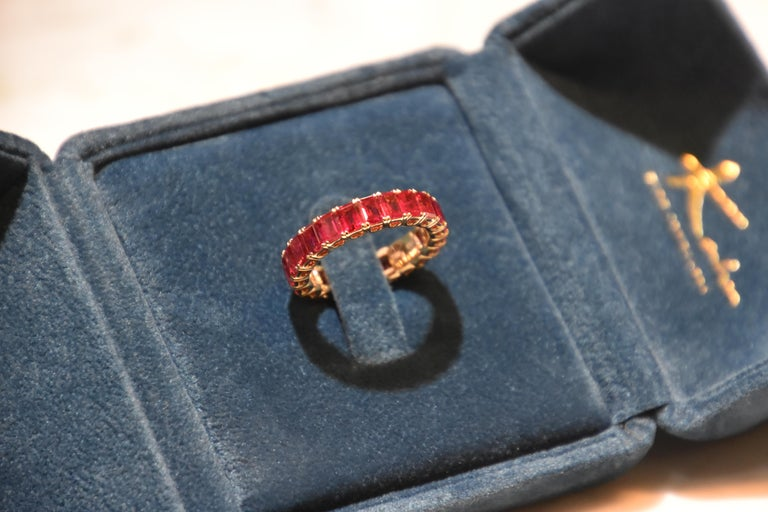 Contemporary Eternity Ruby Ring in Rose or Red Gold For Sale