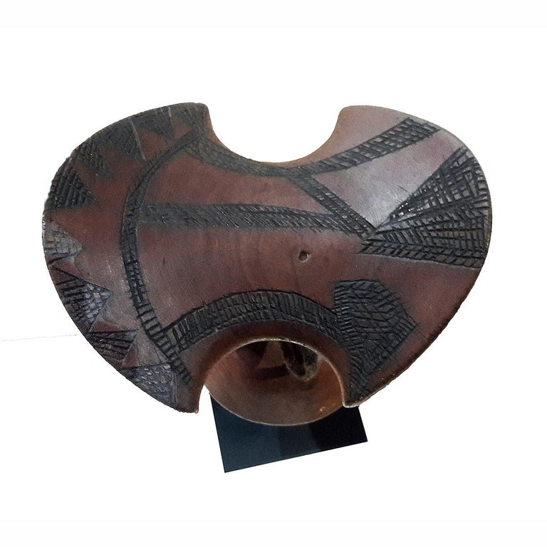 Ethiopian Hand Carved Teak Wood Headrest In Good Condition For Sale In New York, NY