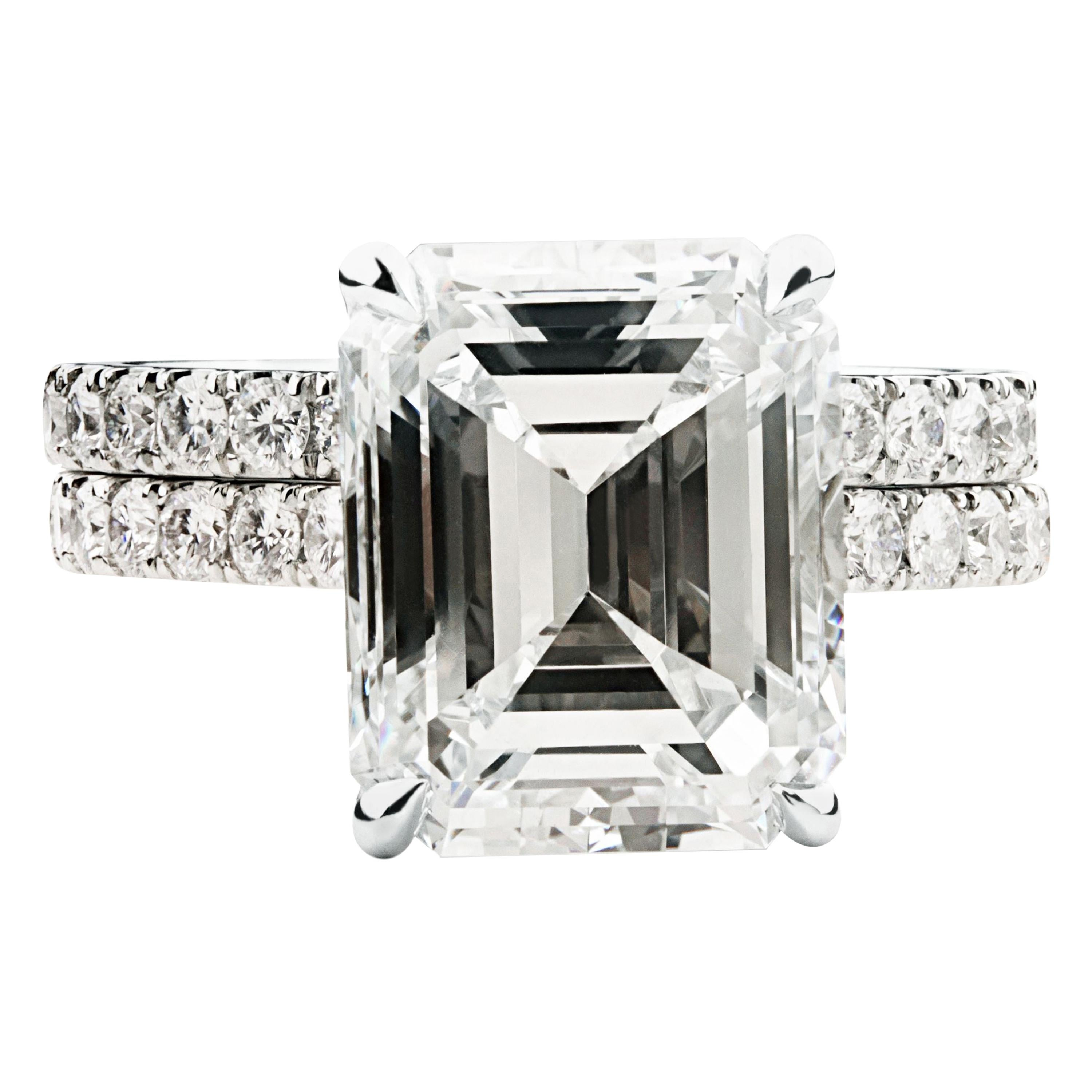 Ethonica GIA Certified Emerald Cut Diamond Engagement Ring Suit in Platinum