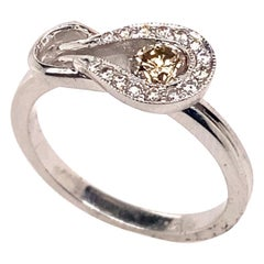 Ethonica Loop Diamond Ring in 14 Karat Gold