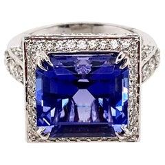 Ethonica Tanzanite and Diamond Ring in 14 Karat Gold