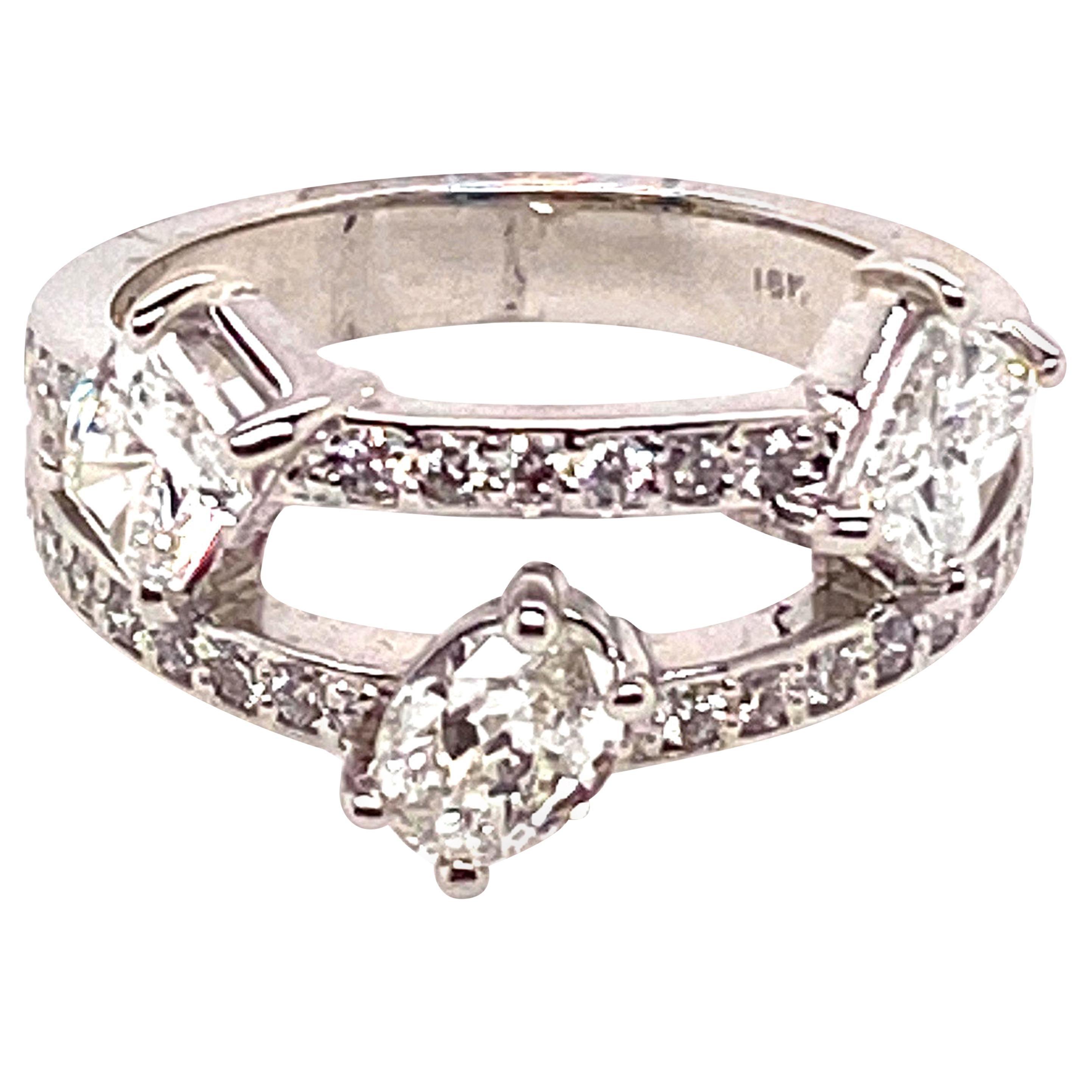 Ethonica Three-Stone Diamond Constellations Ring in 18 Karat Gold
