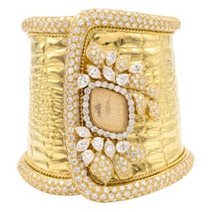 Etoile Diamond Cuff Watch Made in 18 Karat Yellow Gold