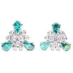 Etoile Diamond Earrings in 18 Karat White Gold