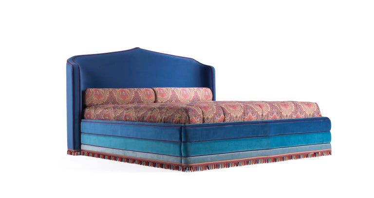 Etro Amina Extra Large Bed in Wood and Velvet For Sale 1