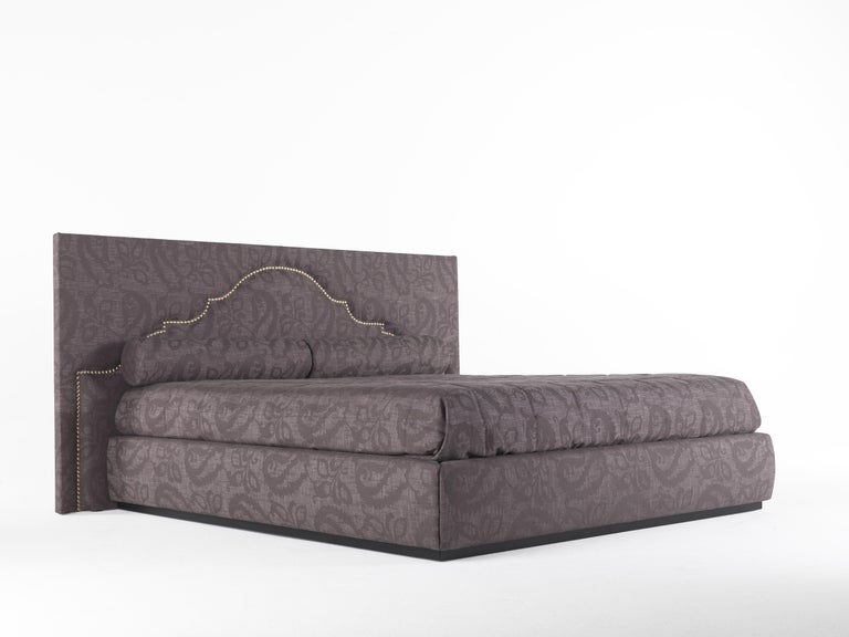 Italian Etro Bombay Bed in Wood and Dark Paisley For Sale