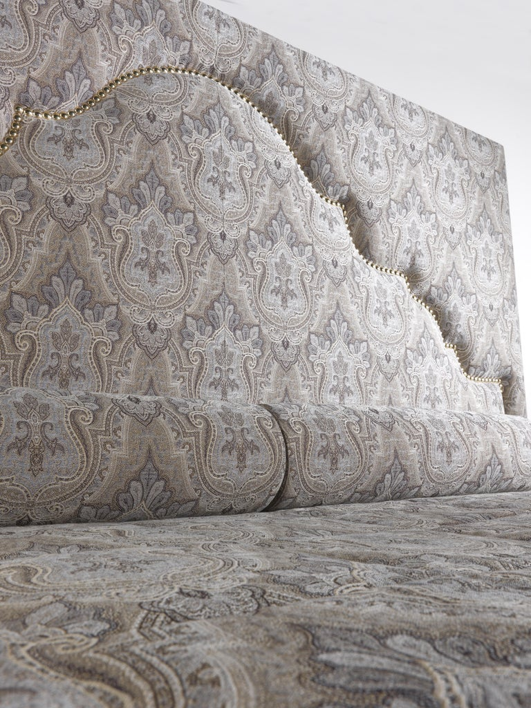 Fabric Etro Bombay Bed in Wood and Light Paisley For Sale